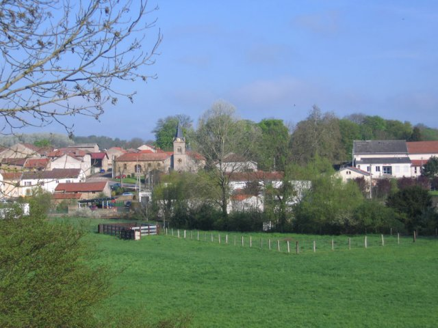 village-printemps